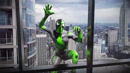 Rope Frog Ninja Hero - Strange Gangster Vegas Image 2